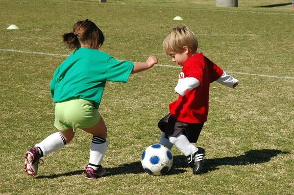 Trẻ chơi thể thao chuyên nghiệp khi quá nhỏ không phải là điều tốt