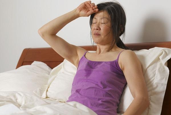 Đổ mồ hôi đêm có thể là dấu hiệu ung thư