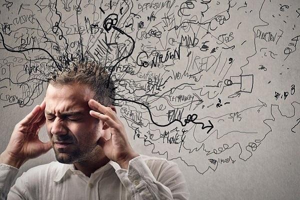 Người bệnh tâm thần phân liệt có thể nghe hoặc nhìn thấy ảo giác
