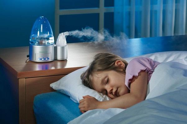 Không khí ẩm giúp làm thông thoáng đường thở.