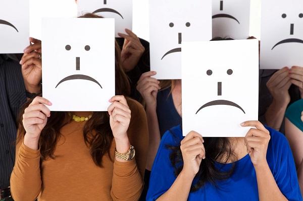Người  mắc bệnh trầm cảm thường có cái nhìn tiêu cực về mọi việc.