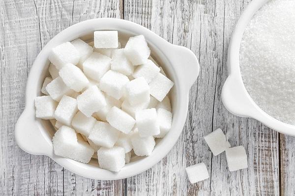 Nên dùng đường hay chất làm ngọt nhân tạo?