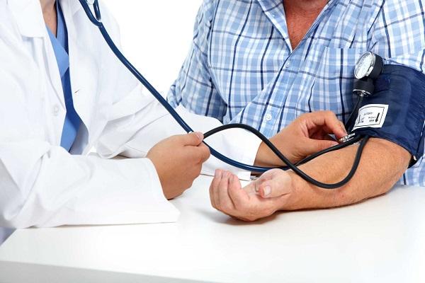 Tăng huyết áp được xem là kẻ giết người thầm lặng,