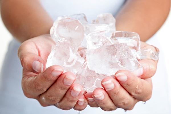 mát cũng có thể giúp giảm ngứa và giảm viêm