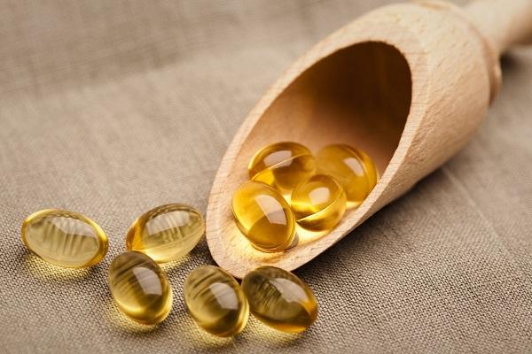Vitamin E giúp thay thế các tế bào da chết bằng các tế bào khỏe mạnh