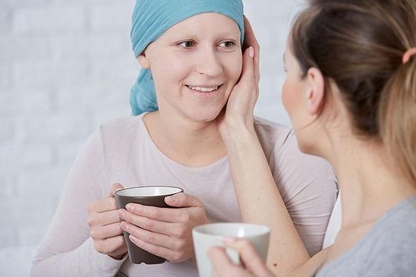 Ung thư phổi nói riêng và ung thư nói chung không lây nhiễm trực tiếp từ người sang người