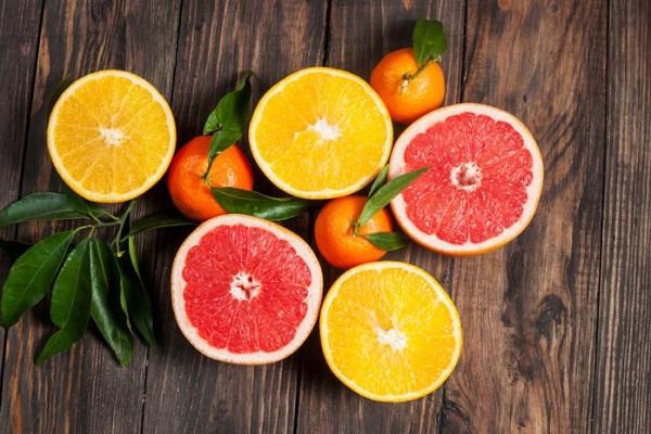 Trái cây họ cam quýt dễ gây ra chứng ợ nóng ở người bị viêm loét dạ dày
