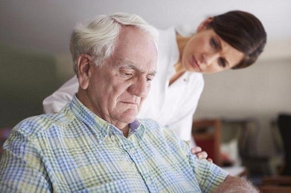 Người nhà nên biết dấu hiệu cần đến phương pháp vật lý trị liệu