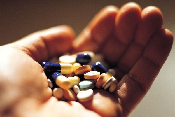 Nên tìm hiểu kỹ các loại thuốc người bệnh cần dùng sau tai biến mạch máu não