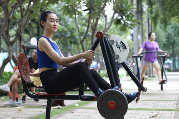 Vận động thường xuyên để giữ gìn sức khỏe - Ảnh: NGUYỆT NHI