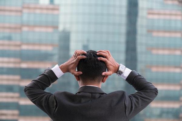 CƠn tức giận khi lấn át có thể khiến chúng ta đưa ra các quyết định vội vàng hay các hành động không hay
