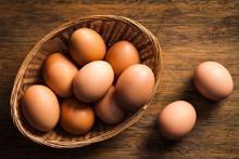 Tác dụng chữa bệnh ít biết của trứng gà