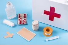 Những loại thuốc nên có trong tủ thuốc gia đình