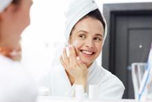 5 mẹo giảm nếp nhăn xuất hiện trên mặt