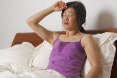 Đổ mồ hôi ban đêm là dấu hiệu ung thư gì?