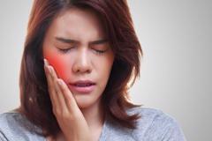 Ai hay bị đau răng, bỏ túi ngay 4 mẹo này!