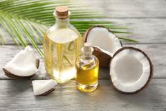 Những lưu ý khi làm đẹp da bằng dầu dừa