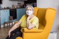 Đối tượng nào bệnh dễ trở nặng khi nhiễm COVID-19?