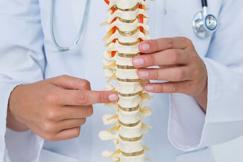 Nhuyễn xương và loãng xương, bạn đang có nguy cơ mắc bệnh nào?