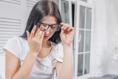 Thời tiết giao mùa, cẩn trọng với bệnh đau mắt đỏ