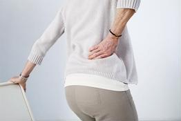 Thoát vị đĩa đệm khi nào gây đau hông phải?