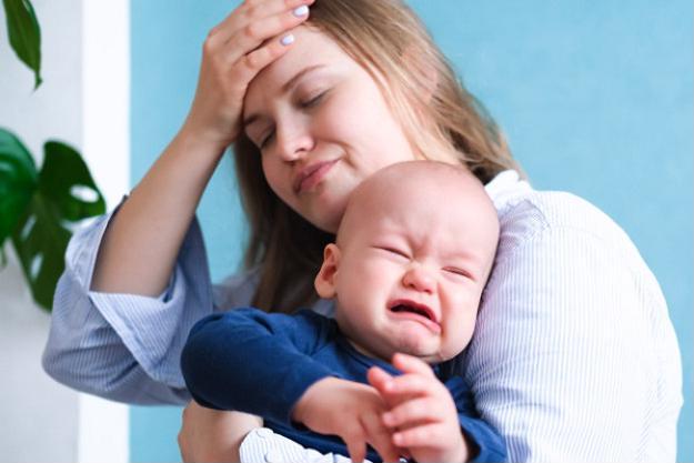 Muốn con nín khóc, mẹ thử ngay 5 cách này